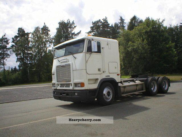 Freightliner Tractor Weight : Freightliner tractor standard trailer