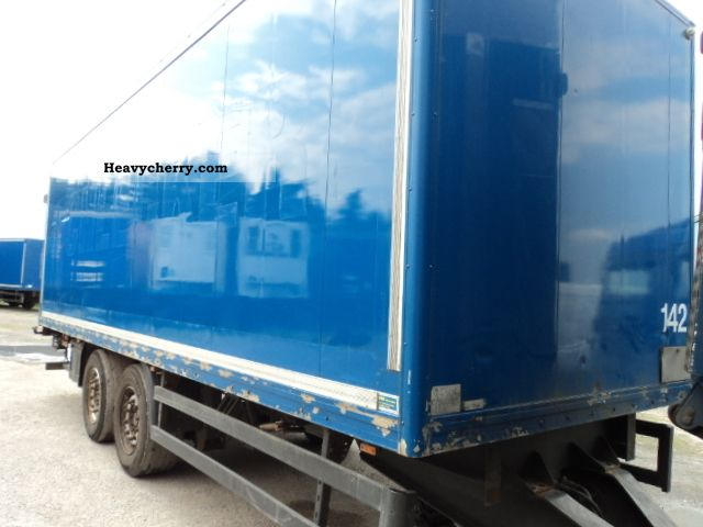 2000 Kroeger  Tandem ZGL 290 Trailer Box photo