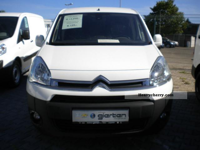 2012 Citroen  Citroën Berlingo L1 1.6 e-HDi 90 level B + air + Bluetoot Van or truck up to 7.5t Box-type delivery van photo