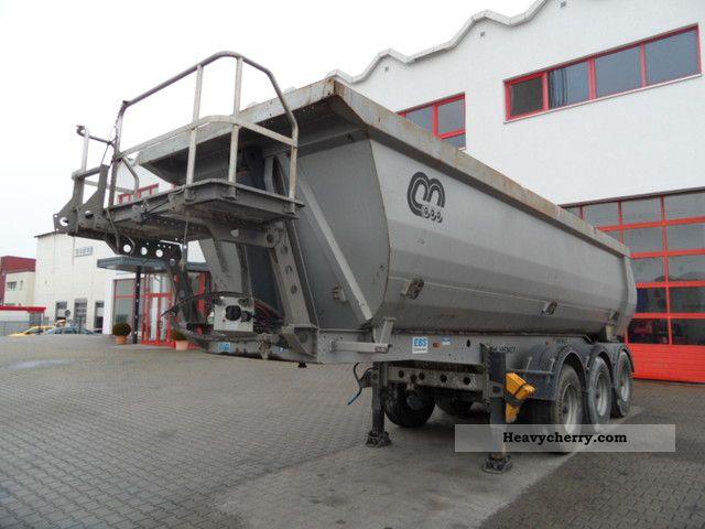 2010 Menci  SA700R about 24 cubic meters Semi-trailer Tipper photo