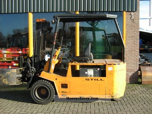 2012 Still  2500 with roller clamp Forklift truck Front-mounted forklift truck photo