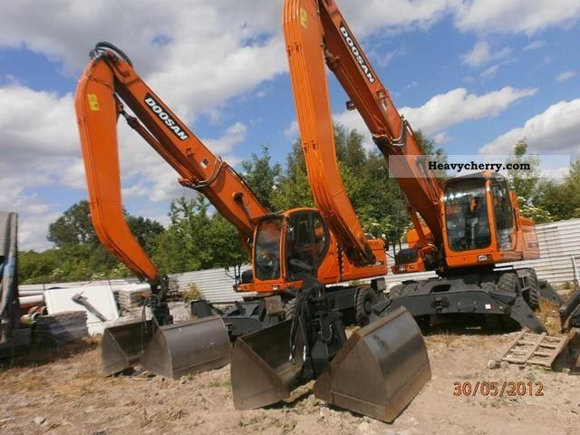 2010 Doosan  DX 210 WMH Construction machine Wheeled loader photo
