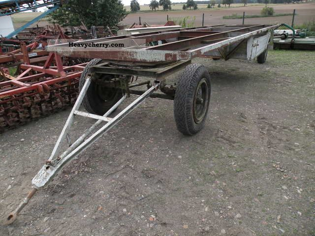 1980 Fortschritt  THK 5 Long Agricultural vehicle Loader wagon photo