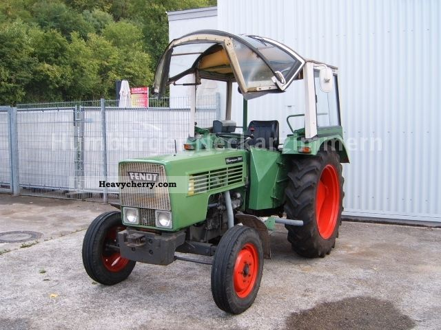 1976 Fendt  200S * 1000 With Deutz Engine Mower ~ ~ PTO * Agricultural vehicle Tractor photo