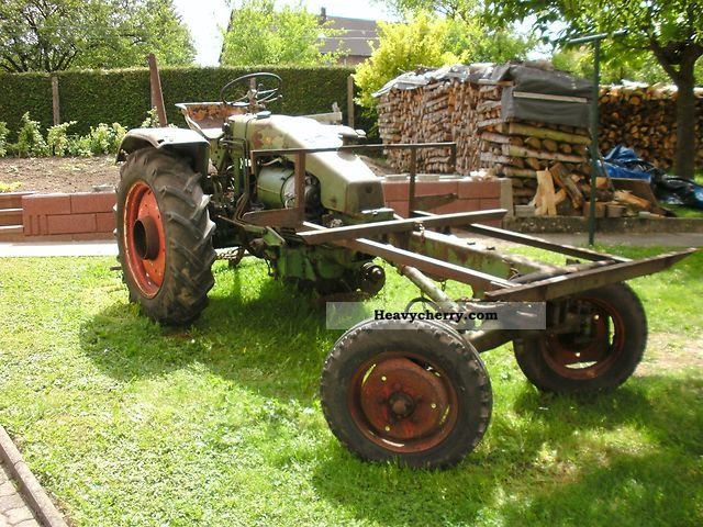 1965 Fendt  230 GT Agricultural vehicle Tractor photo