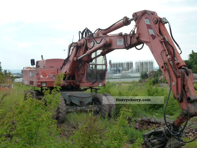 1989 Atlas  1404 Construction machine Mobile digger photo