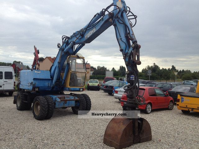 1992 Fuchs  722m einsatzbe (With hook and 3 tablespoons of) Construction machine Mobile digger photo