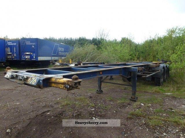 1992 General Trailer  TTE vlakke midden 40 voeter 2x20 1x20 in het Semi-trailer Swap chassis photo