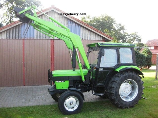 1981 Deutz-Fahr  6207 Loader Cab Agricultural vehicle Tractor photo