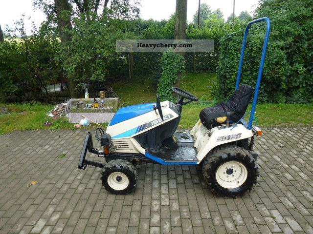 Iseki SG15 hydrostat 2012 Agricultural Tractor Photo and Specs