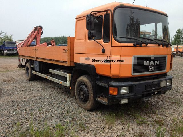 1992 MAN  19,272 flatbed with crane Atlas Truck over 7.5t Stake body photo