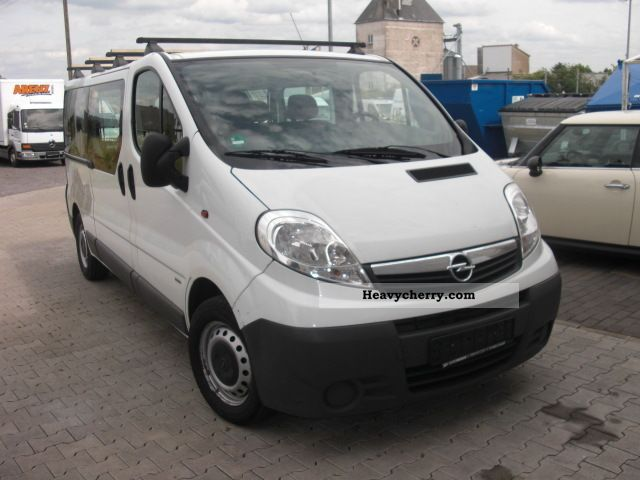 opel vivaro 2007 estate minibus up to 9 seats truck photo and specs. Black Bedroom Furniture Sets. Home Design Ideas