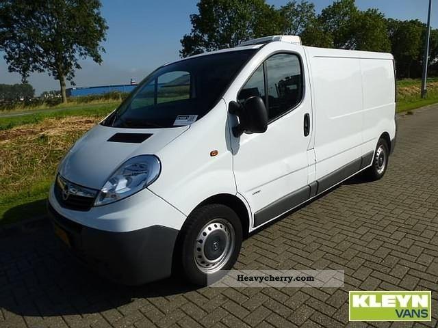 2007 Opel  Vivaro 2.0CDTI 115L2 Van or truck up to 7.5t Refrigerator box photo