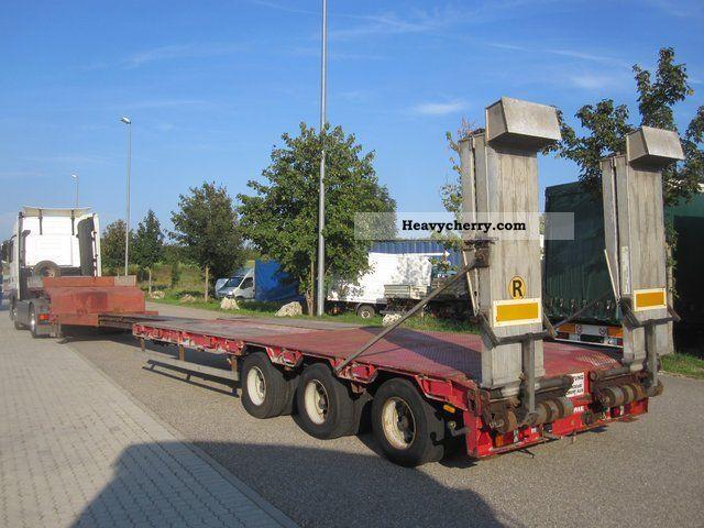 2003 Scheuerle  3-axle 37.3 NL To ramps / steering axles / telescope Semi-trailer Low loader photo