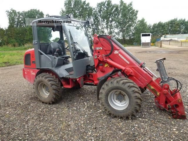 2008 Weidemann  2070 CX50 LPT loaders with telescopic arm! Agricultural vehicle Farmyard tractor photo