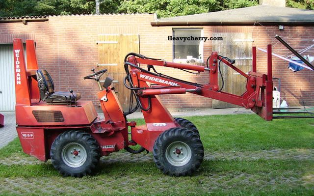 1996 Weidemann  912 D / P Agricultural vehicle Farmyard tractor photo