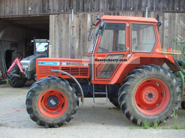 Same Tractor Models : Same leopard agricultural tractor photo and specs