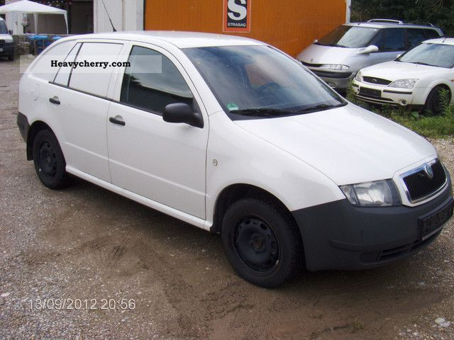 skoda fabia 2005 box type delivery van photo and specs. Black Bedroom Furniture Sets. Home Design Ideas