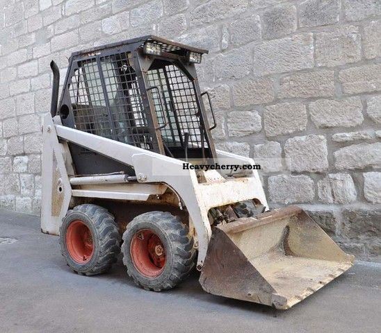 1992 Bobcat  443 Skid Steer Loader Diesel Construction machine Wheeled loader photo