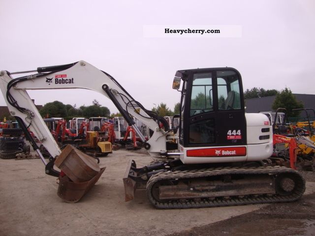 2009 Bobcat  444 Construction machine Mini/Kompact-digger photo