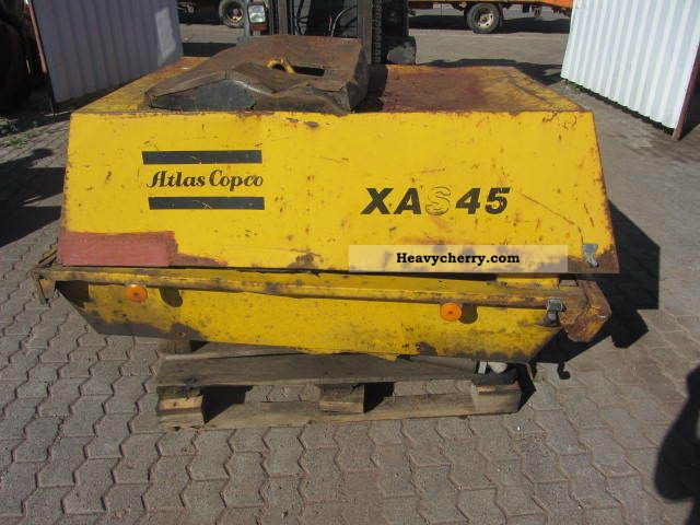 1992 Atlas Copco  XAS 45 compressor Construction machine Other construction vehicles photo