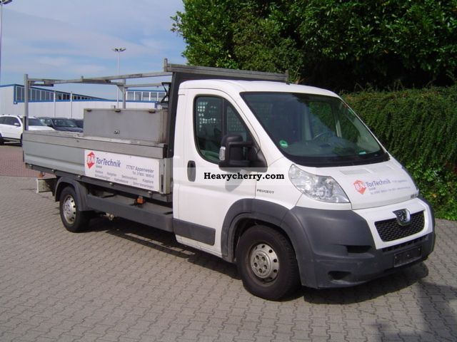 2010 Peugeot  Boxer Van or truck up to 7.5t Stake body photo