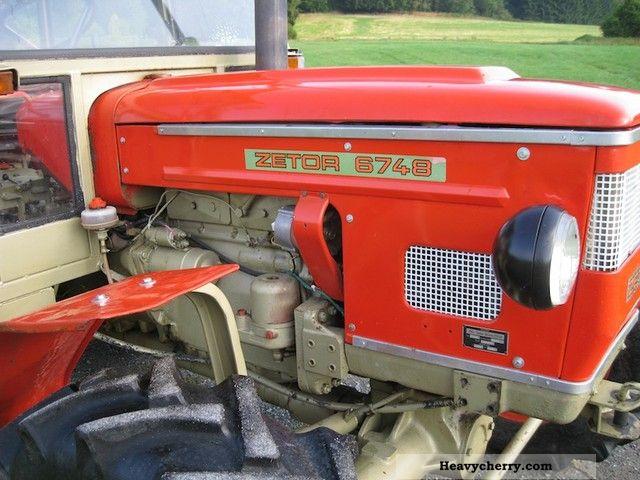 ... 1977 Zetor 6748 63HP wheel cabin servo TÜV Agricultural vehicle Tractor  photo 4