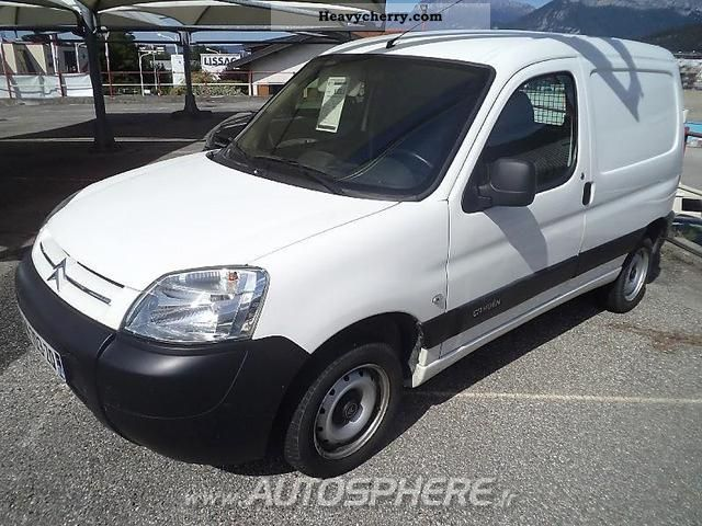 2009 Citroen  Citroën Berlingo First Fgtte 600kg HDi75 Van or truck up to 7.5t Box-type delivery van photo