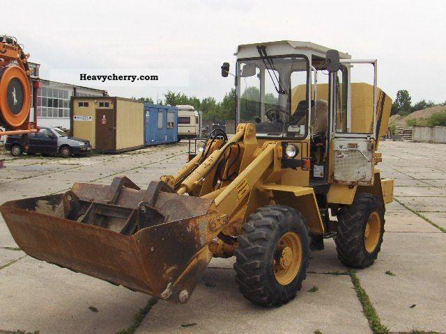 1994 Liebherr  506 shovel and fork Construction machine Wheeled loader photo