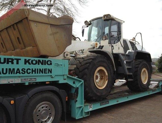2007 Liebherr  L 556 Construction machine Wheeled loader photo