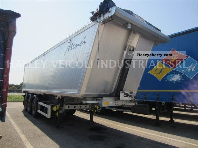 2011 Menci  SA850R Semi-trailer Tipper photo