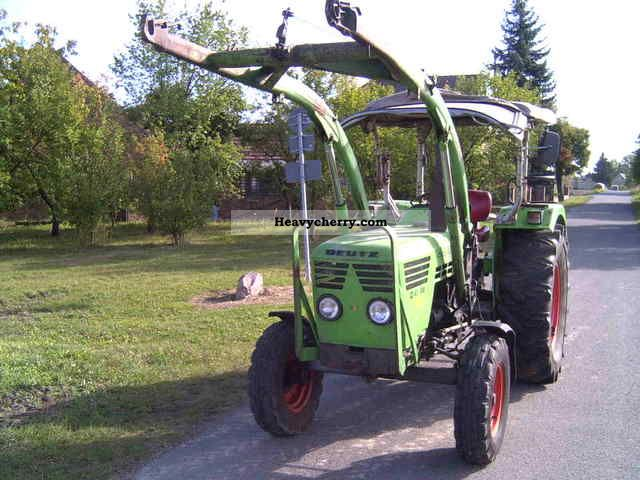 1977 Deutz-Fahr  4506 Agricultural vehicle Tractor photo