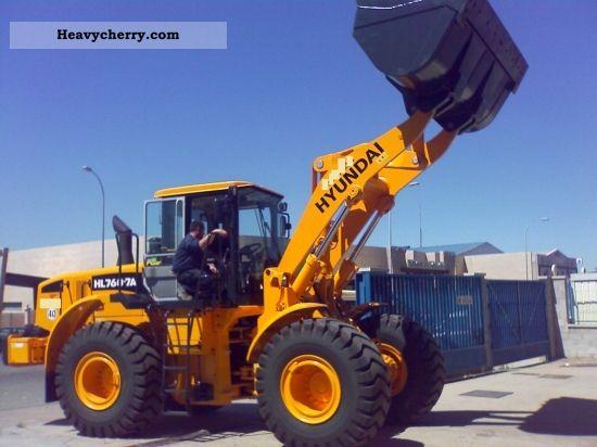 2009 Hyundai  HL 760-7A Construction machine Wheeled loader photo