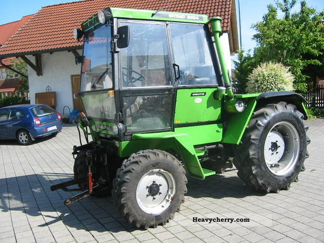 1979 Deutz-Fahr  Intrac 2004 Agricultural vehicle Tractor photo