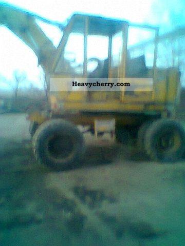 1983 Faun  Vand escavator Faun Construction machine Caterpillar digger photo