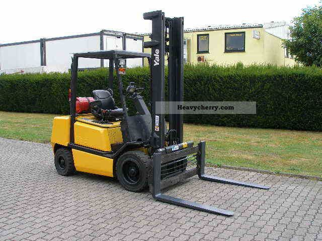 2003 Yale  GLP 30 TF Forklift truck Front-mounted forklift truck photo