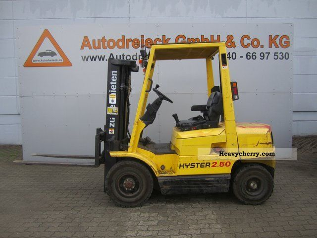 2012 Hyster  2.50 XM Triplexmast/1974 Hours. / Tests Forklift truck Front-mounted forklift truck photo