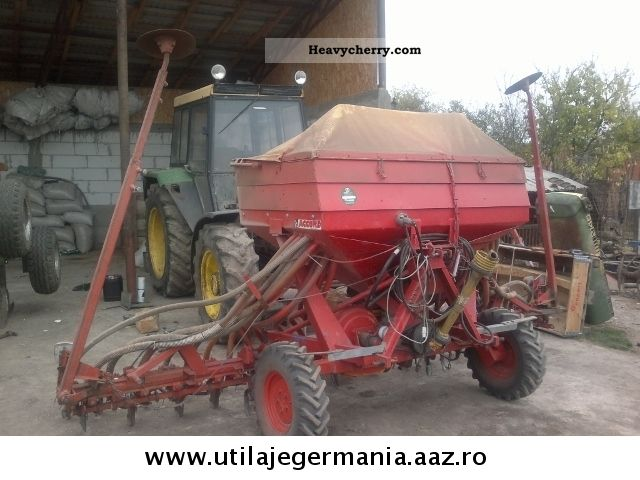 2012 Accord  Raven Hassia Amazone Agricultural vehicle Seeder photo