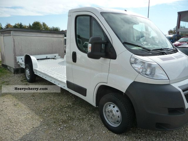 2012 Citroen  Citroën Relay 35 L4 platform chassis HDI 130 FAP Van or truck up to 7.5t Other vans/trucks up to 7 photo