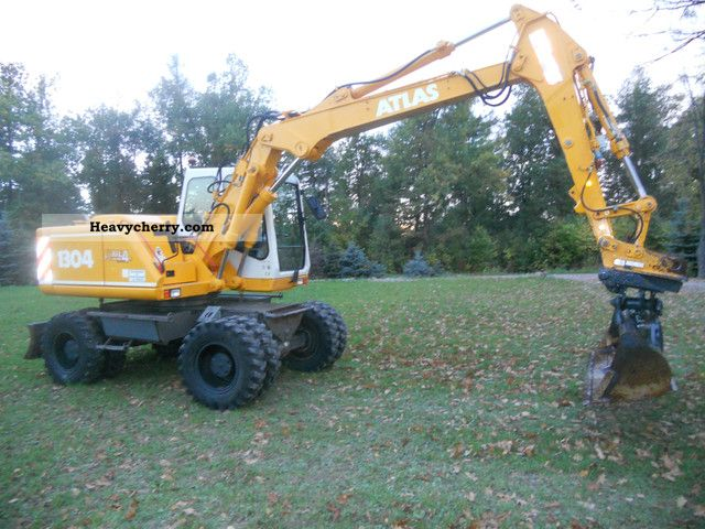 2001 Atlas  1304 Construction machine Mobile digger photo