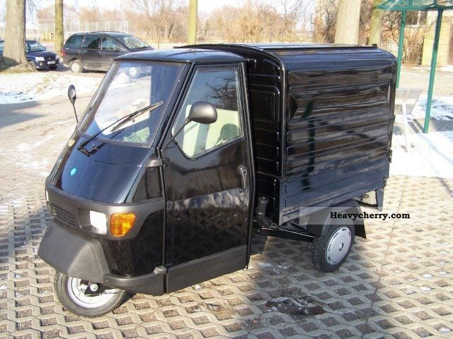 2012 Piaggio  APE box 50 Van or truck up to 7.5t Other vans/trucks up to 7 photo