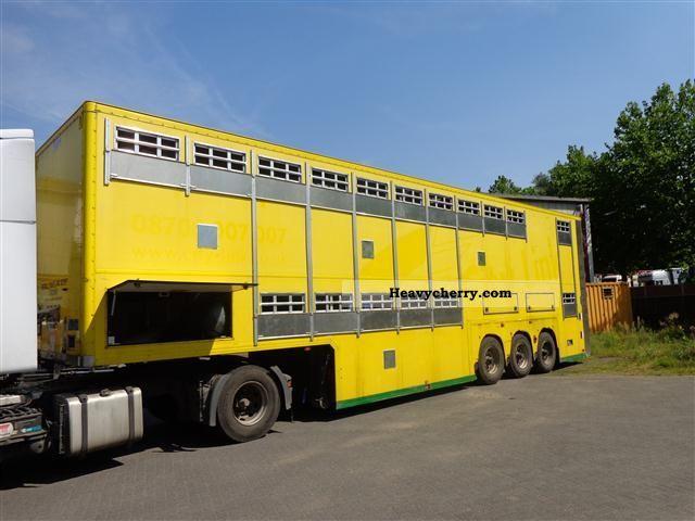 2005 Other  2 floor livestock trailer per 1.82 m soil Semi-trailer Cattle truck photo