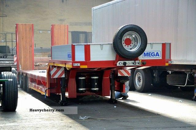 2012 MEGA  Naczepa niskopodwoziowa Rozciągana Dwubelkowa Semi-trailer Low loader photo