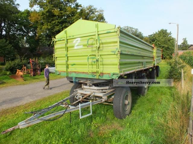 2012 Strautmann  ZSK / DSK piece 2 Agricultural vehicle Loader wagon photo
