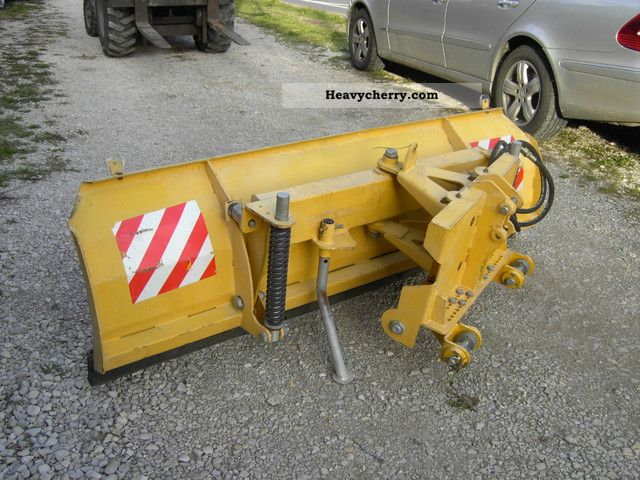 2012 Other  Snow blade hydraulically adjustable three-point Agricultural vehicle Other substructures photo