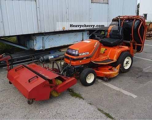 1998 Kubota  GT 950 S Agricultural vehicle Tractor photo