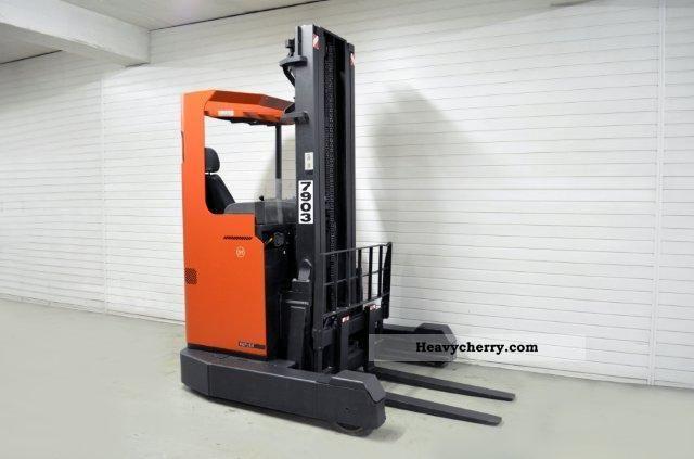 2007 BT  B5 RR, SS, TRIPLEX, 540Bts ONLY! Forklift truck Reach forklift truck photo