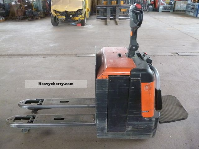2009 BT  EGU LPE 240 / S Forklift truck Low-lift truck photo