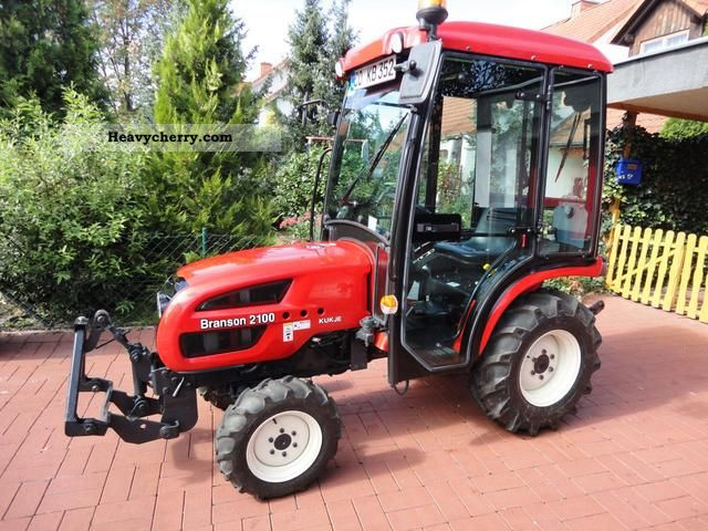 2010 Branson  2100 Agricultural vehicle Tractor photo