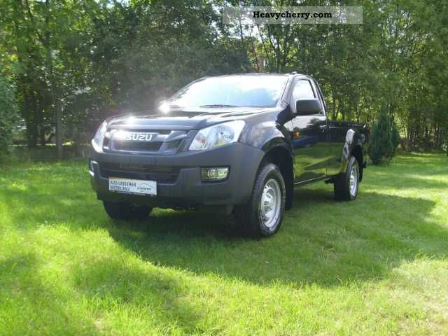 2012 Isuzu  D-Max 4x4 Single Cab base (Air) Van or truck up to 7.5t Stake body photo